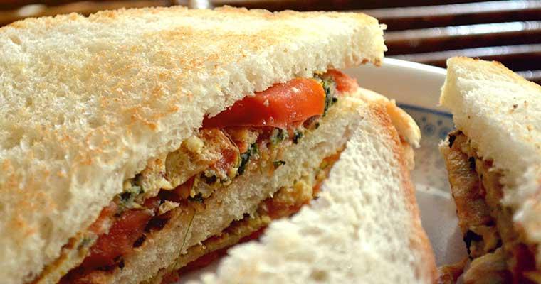 Vargabeles sau mai pe româneşte Budincă de tăiţei cu brânză