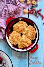 Cobbler cu fructe de padure – Mixed Berry Cobbler
