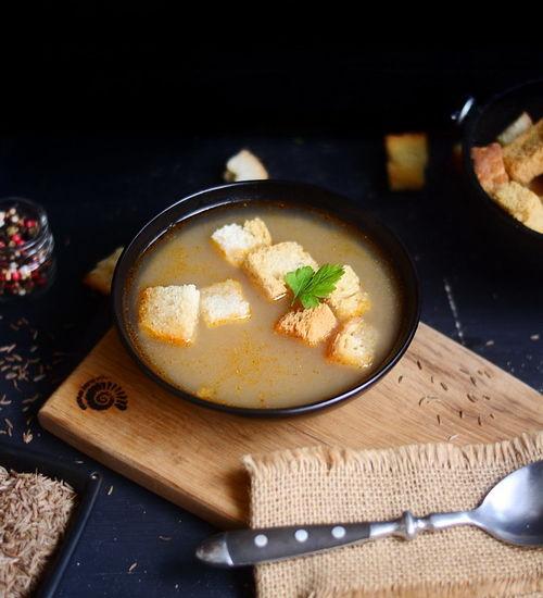 Supa de chimen cu crutoane