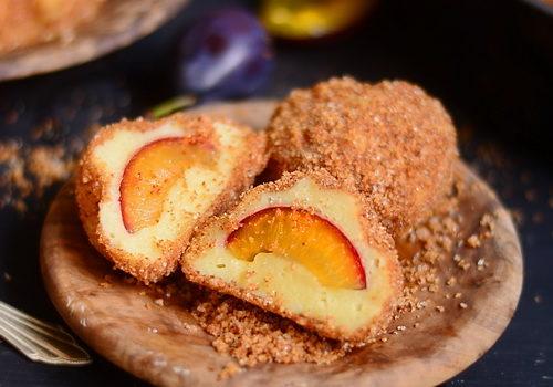 Gomboți sau găluște cu prune – Szilvás gombóc
