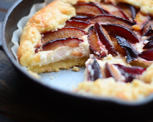 (Română) pâte brisée + galette cu prune si mascarpone