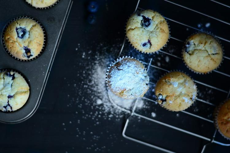 Muffins cu afine si mascarpone -  Alex Juncu- Bucataria familieie mele