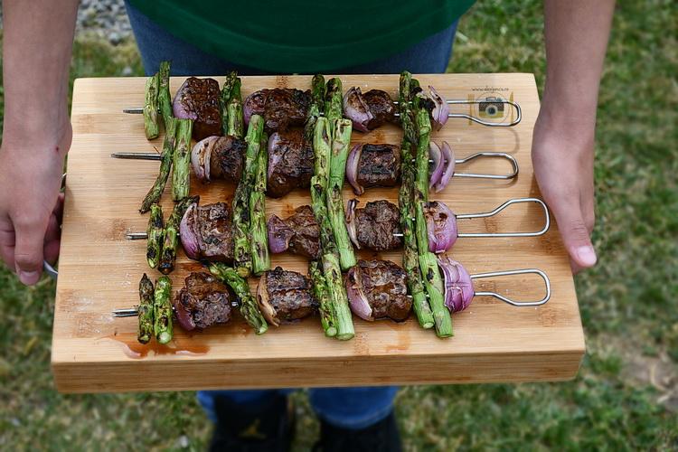 kebab de vita cu sparanghel