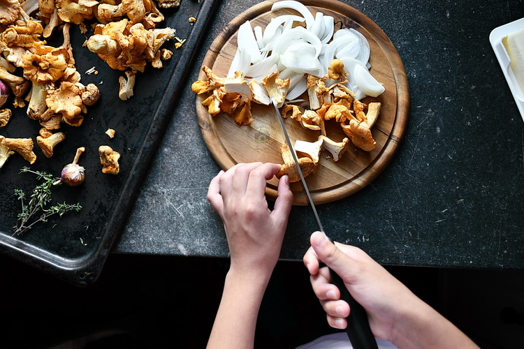 ceapa solzișori- Bucătăria familiei mele - Alex Juncu