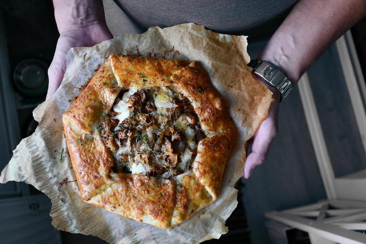 galette cu gălbiori- Bucătăria familiei mele - Alex Juncu