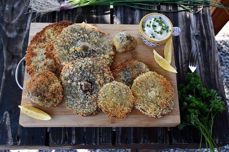 Ciuperci pane - Bucătăria familiei mele - www.alexjuncu.ro