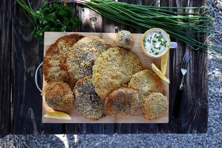 Crispy breaded mushrooms - Bucătăria familiei mele - www.alexjuncu.ro