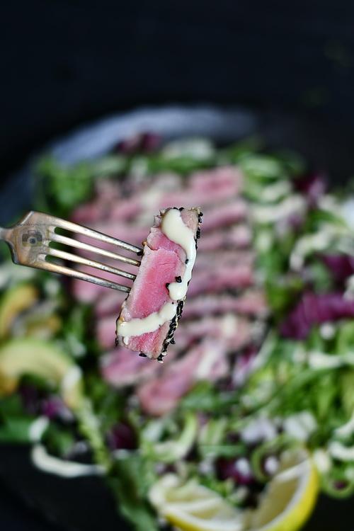 File de ton în crusta de susan - Bucătăria familiei mele -www.alexjuncu.ro